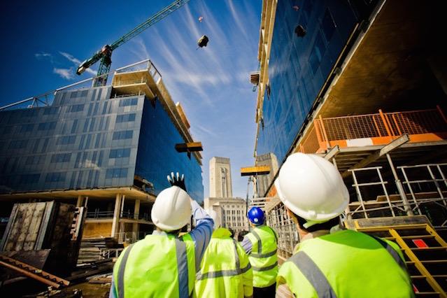 Setor da construção recupera velocidade e cresce 2,6%.
